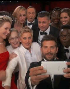 Selfies goes viral with oscars