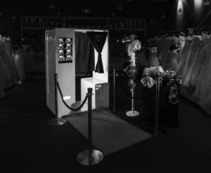 6 Compelling Reasons to Start a Photo Booth Business